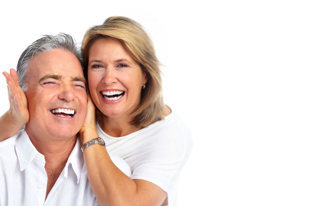 Vorresti avere una protesi superiore fissa ma non hai osso a sufficienza?L'implantologia zigomatica può risolvere il Tuo problema!